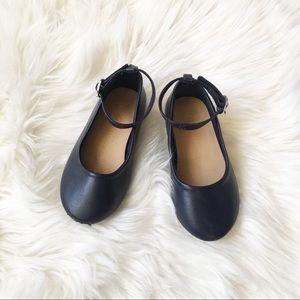 🔴FREE BabyGap Shoes